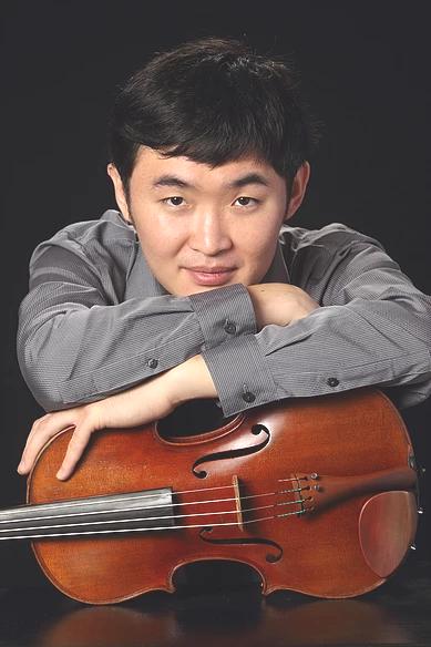 Tiezheng Shen. violist